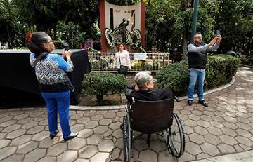 Fans de José José celebran que podrán darle su último adiós en México