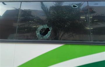 ¿Hasta cuándo? El bus de Atlético Nacional fue atacado a piedra en Barrancabermeja