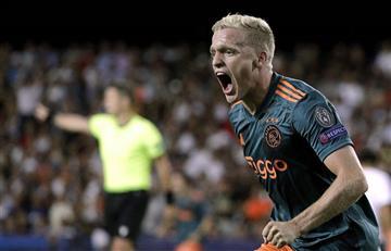 ¡Qué equipo, señores! Ajax goleó 3-0 a Valencia en España y sigue deleitando al mundo