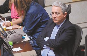 """[Foto] La graciosa """"autoburla"""" de Uribe en relación con la fuga de Aída Merlano"""