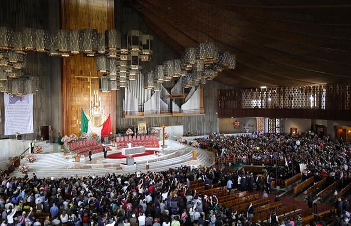 Fans de José José le dieron su último adiós con una misa en su honor en la Basílica