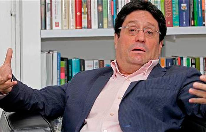En su cumpleaños, Pacho Santos y cuatro de sus embarradas más recordadas