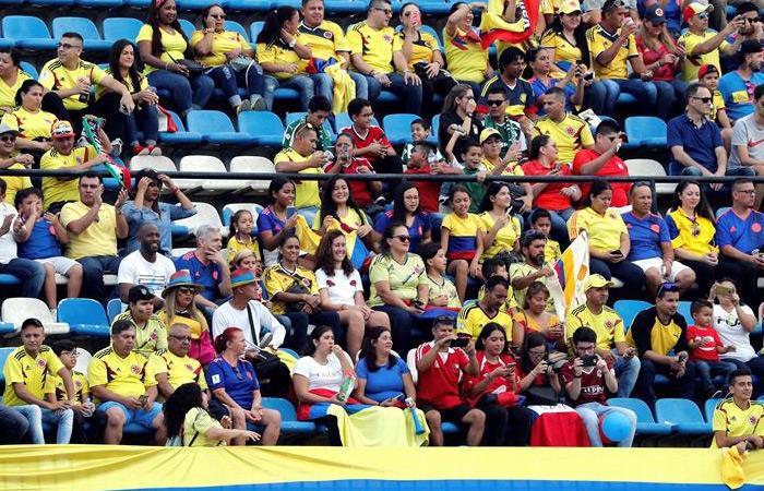 Los hinchas de Colombia acompañaron más a la Selección ante Chile. Foto: EFE