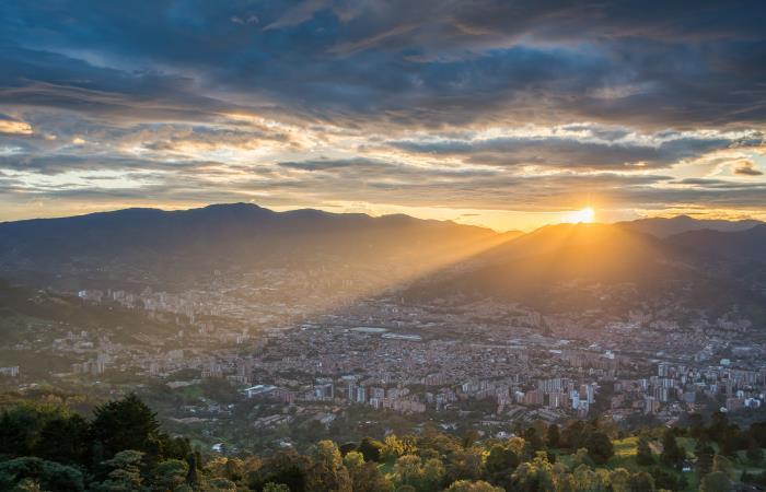 Los destinos más solicitados fueron Medellín, Bucaramanga y Santa Marta. Foto: Shutterstock