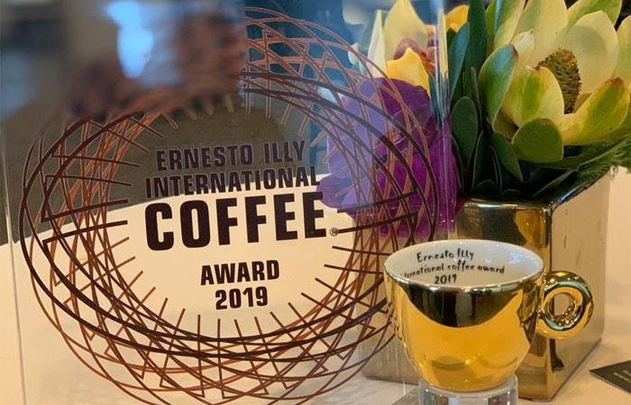 Excombatientes FARC ganan premio por café en la ONU