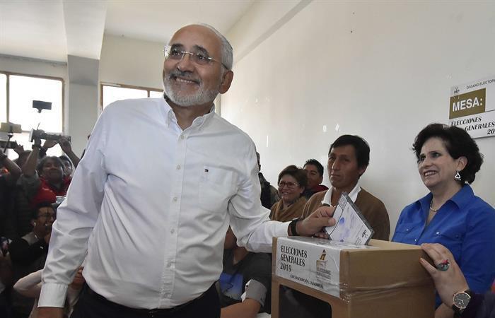 Carlos Mesa denuncia manipulación electoral en Bolivia