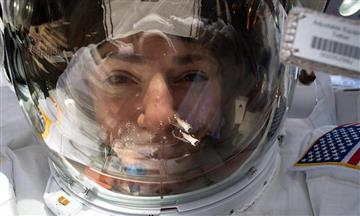 La NASA no descarta que dos astronautas viajen solas a la Luna
