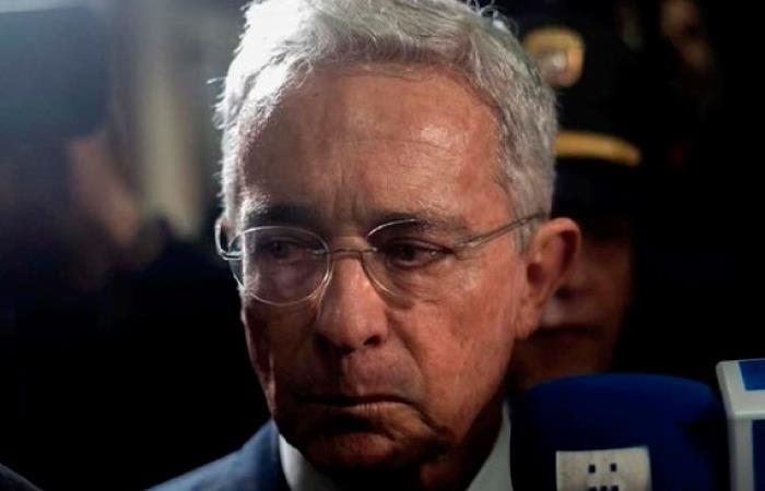 Uribe reconoce derrota en las urnas