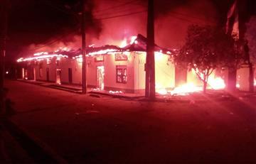 [VIDEO] Habitantes de Nechí (Antioquia) incendiaron Alcaldía tras las elecciones regionales