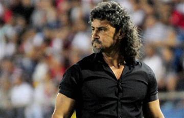 Leonel Álvarez habló de su polémica salida de Libertad en Paraguay