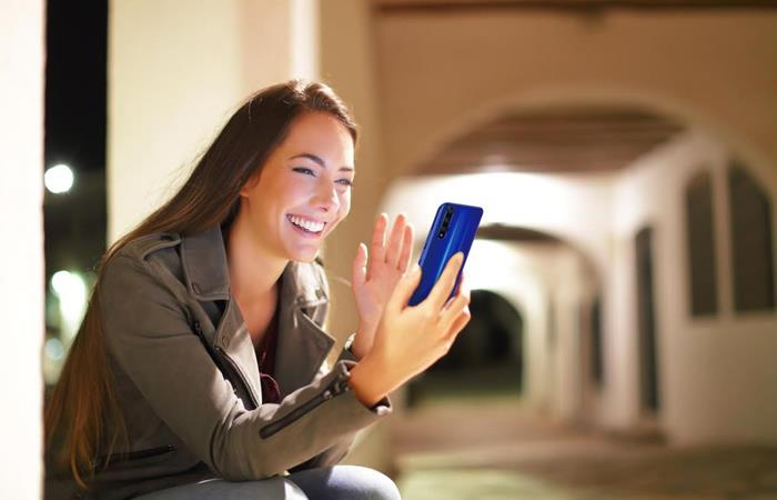 'Centennials' prefieren las selfies a la hora de tomar fotos con su celular
