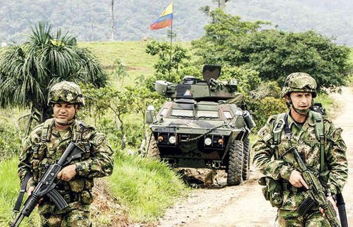 Uniformados del Ejército Nacional durante un plan militar. Foto: Twitter