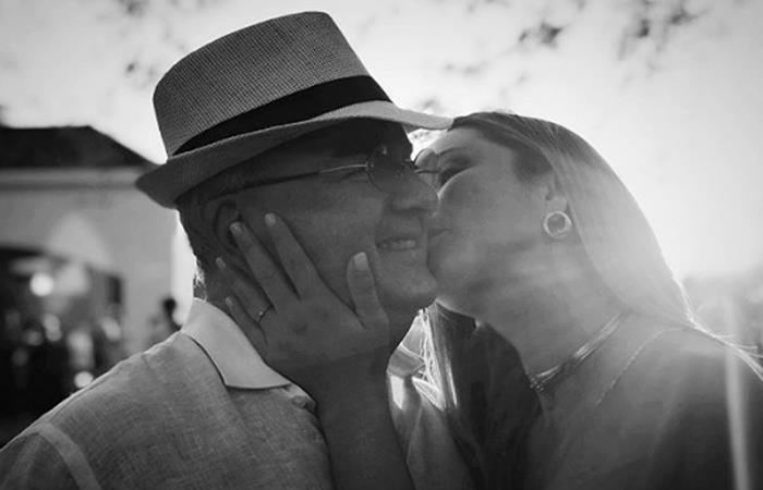 Claudia Bahamón publicó fotos con su padre. Foto: Instagram