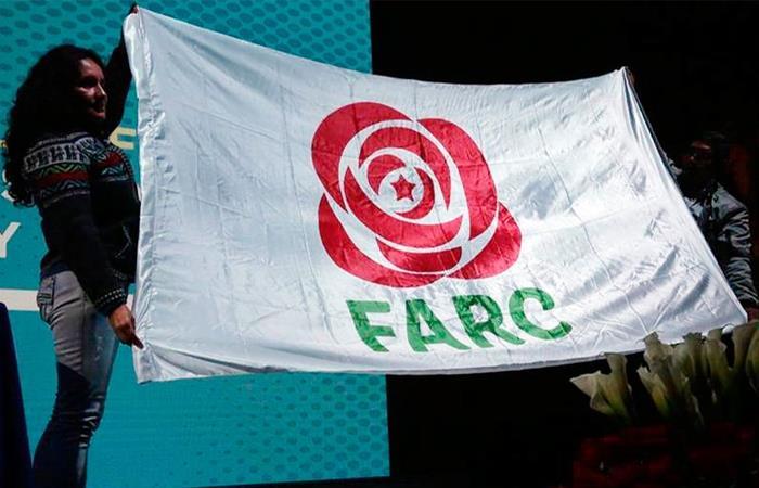 Bandera de la Fuerza Alternativa y Revolucionaria del Común. Foto: Twitter
