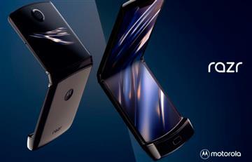 """Golpe a la nostalgia, Motorola presenta su nuevo celular """"con tapita"""""""