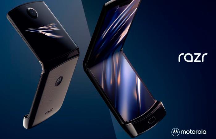 El Motorola V3, inspiración del nuevo modelo, se lanzó en el 2004. Foto: Twitter