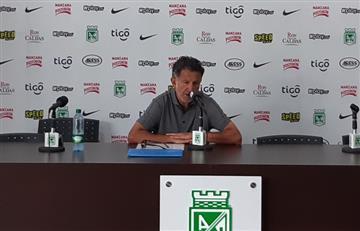 """Periodistas se enojan con Osorio, tras """"soberbia"""" mostrada en rueda de prensa"""