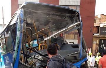 [VIDEO] Impacto de bus del Sitp contra una casa deja cerca de 30 heridos