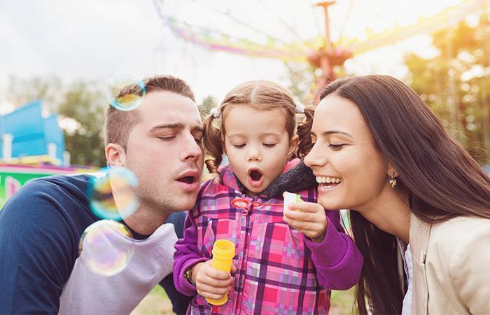 Los adolescentes tienen mejor desarrollo psicosocial cuando crecen con amor