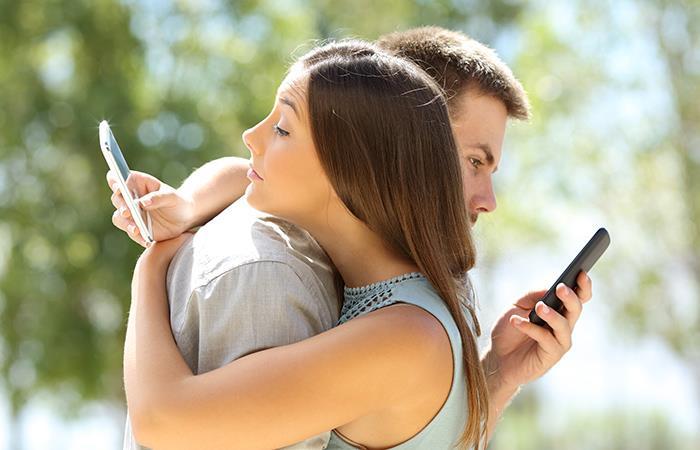 En qué lugares una persona infiel puede conocer a su amante