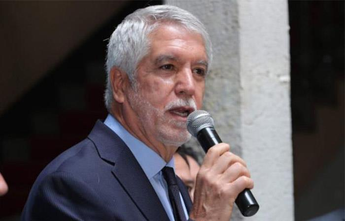 Peñalosa advirtió a quienes quieran afectar Transmilenio durante el Paro Nacional. Foto: Twitter