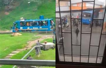 [VIDEO] Vándalos utilizan bus del Sitp para robar un supermercado al sur de Bogotá