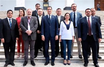 Guaidó destituyó a su embajador en Colombia