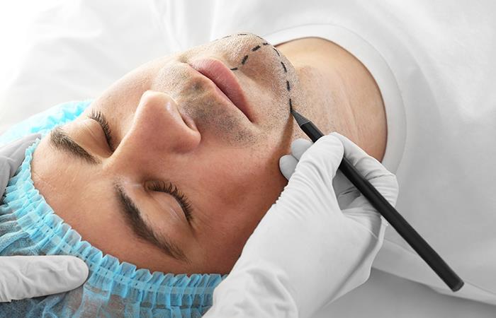 La misión del cirujano es la de aconsejar al paciente hacia la mejor opción. Foto: Shutterstock