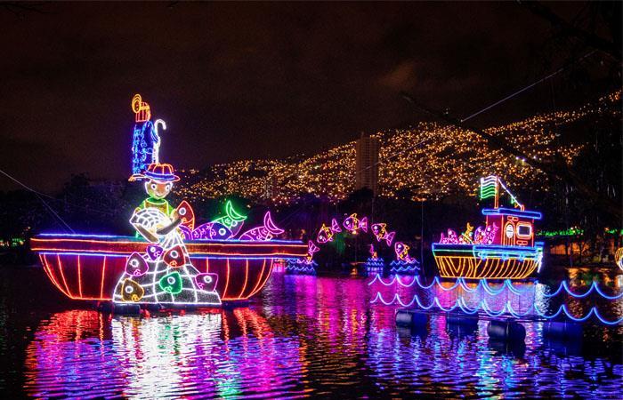 Los valores familiares se hacen presentes en la decoración de Medellín. Foto: Twitter
