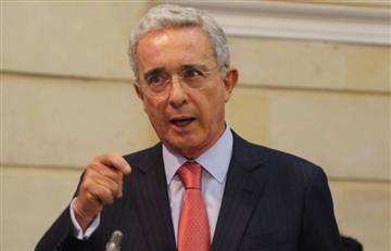 Álvaro Uribe propone reducir de 48 a 45 horas la jornada laboral semanal
