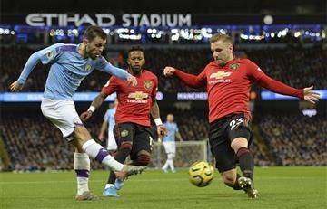 Manchester United se quedó con el derby de la ciudad y venció al City