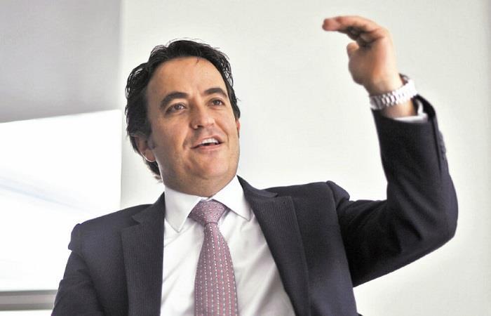 Renuncia director Migración Colombia