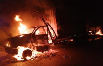 [VIDEO] ELN incineró seis vehículos en el municipio de Valdivia, Antioquia