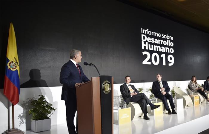 Presidente Iván Duque durante el Informe de Desarrollo Humano 2019. Foto: Twitter