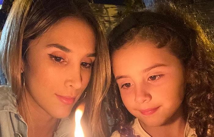 Rosalía envía saludo a hija de James Rodríguez y Daniela Ospina