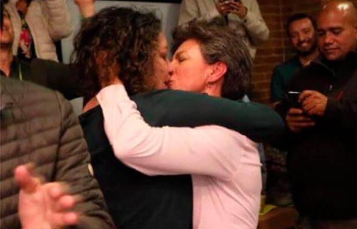 Celebración de la pareja, tras el triunfo de López en las elecciones a la Alcaldía de Bogotá. Foto: Twitter