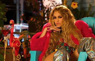 """Paulina Rubio estrena su sencillo """"De Qué Sirve"""""""