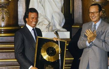 Julio Iglesias lanza beca musical con Latin Grammy para expandir su legado