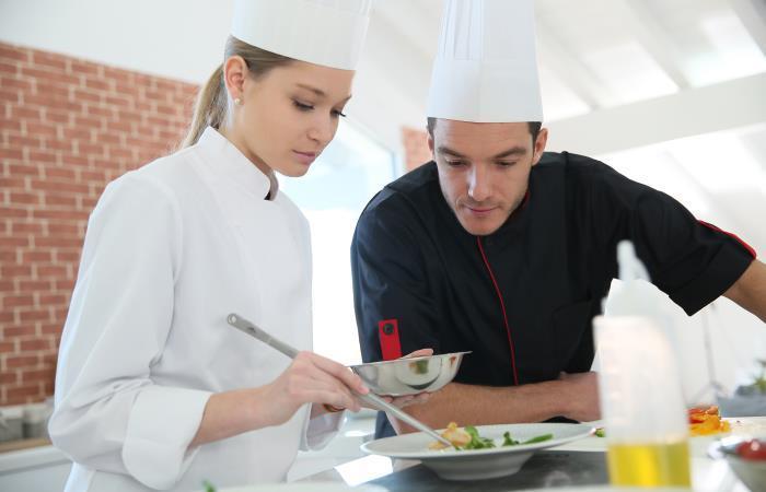 La carrera de Gastronomía es una de las de mayores proyección en Colombia. Foto: Shutterstock