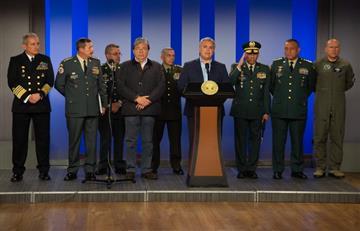 Duque cambia a controvertido comandante del Ejército por un general estratega