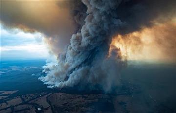 [VIDEO] Ola de calor en Australia ha generado incendios que ya dejan 17 muertos