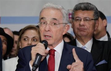El ex presidente Álvaro Uribe comparte emotiva foto junto a sus nietos