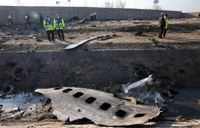 Restos del Boeing 737 que se estrelló en Teherán. Foto: EFE