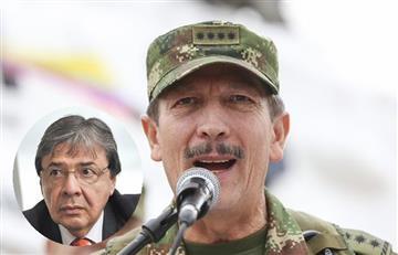 """[VIDEO] Excomandante del Ejército dice que su salida fue por """"motivos personales"""" no por las 'chuzadas'"""