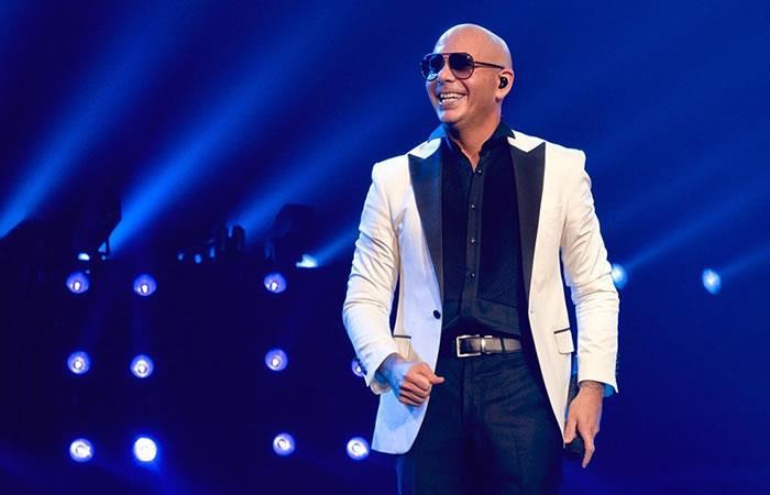 Pitbull maestro de Premios Lo Nuestro