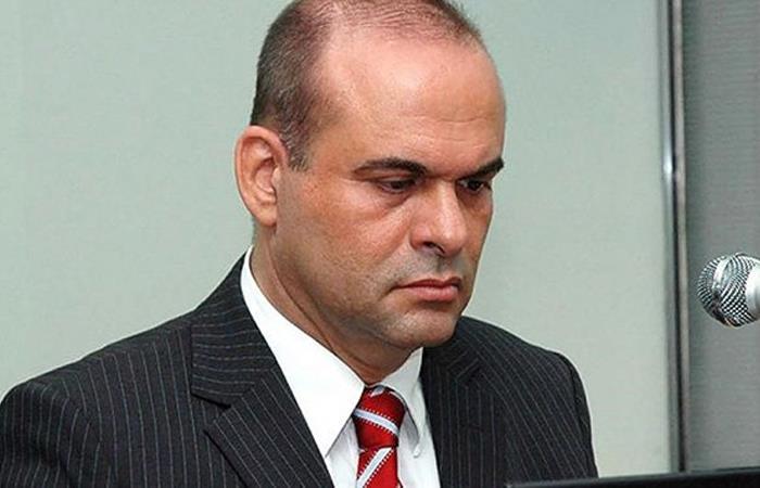 Salvatore Mancuso, una de las máximas cabecillas de las Autodefensas de Colombia. Foto: Twitter