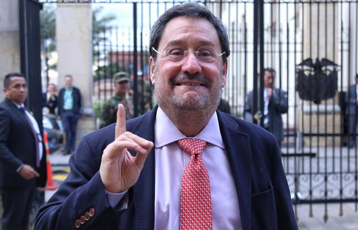 Francisco Santos renuncia como embajador de Colombia en Estados Unidos