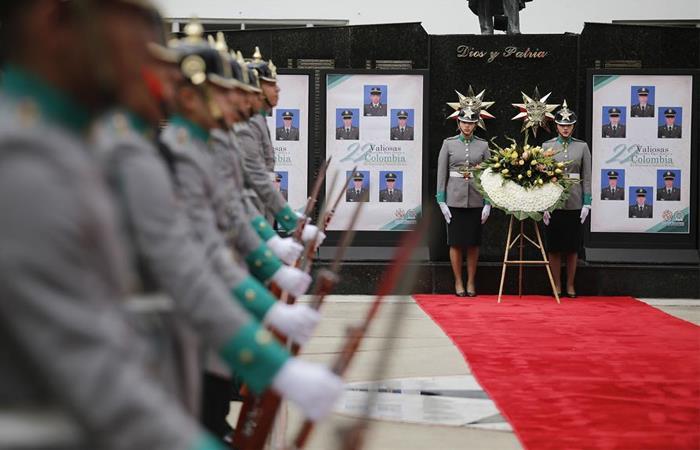 Homenaje 22 cadetes Escuela General Santander
