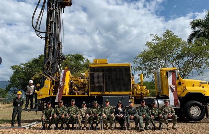 Altos mandos del Ejército colombiano y estadounidense, el pasado 15 de enero. Foto: Twitter