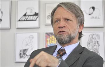 Antanas Mockus es destituido como congresista
